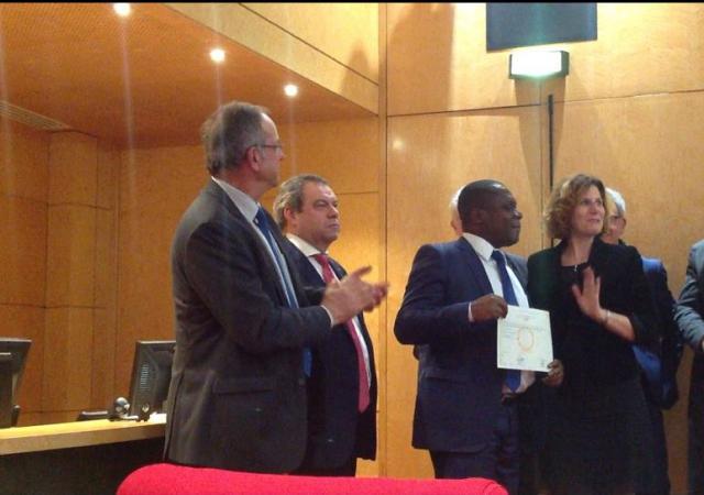Des administrateurs de mutuelles Ivoiriennes obtiennent leur Master en gouvernance mutualistes de l'Université de Versailles - Décembre 2016 à Paris
