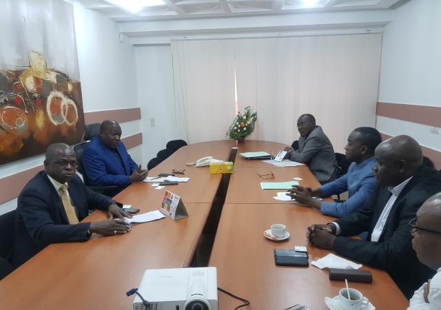 Les mutuelles de santé Ivoiriennes s'unissent face à l'augmentation des tarifs dans les cliniques privées, le 13 juillet 2018