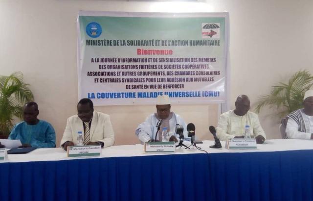 Extension de la couverture sanitaire universelle au Mali, l'adhésion des sociétés coopératives et associations suscitée - 18 Janvier 2018 à Bamako (Mali)