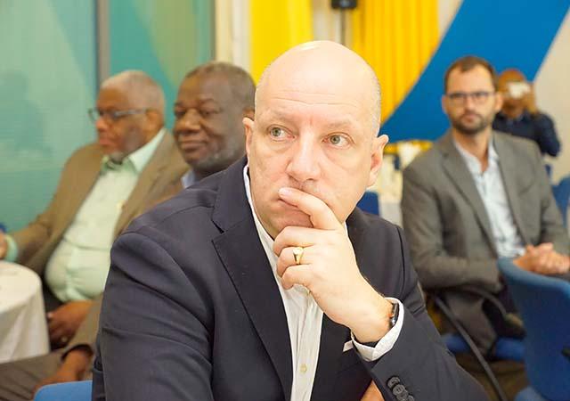 Frédéric Du Sart, Directeur de l'Hôpital Mère-Enfant de Côte d'Ivoire : '' ... nous sommes ouverts à tout projet de convention''