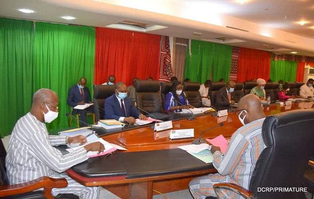 Au Burkina Faso, le comité national de gestion de la covid-19, préconise le maintien de l'état d'alerte sanitaire