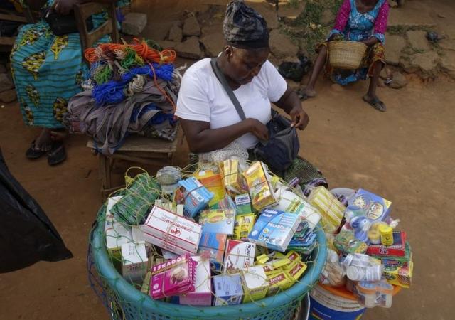 L'Afrique n'a pas d'autre choix que de fabriquer ses médicaments