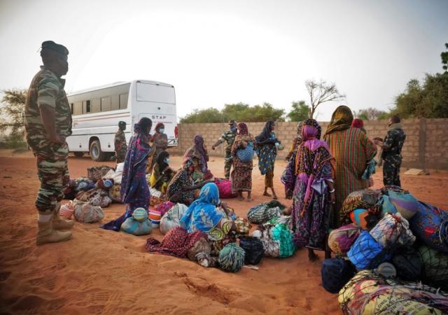 Covid-19 en Afrique : il faut renforcer les services de santé pour les populations déplacées (OMS)